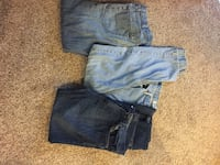 3 pairs of men's jeans