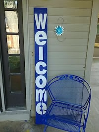Homemade welcome sign. Georgetown, 40324