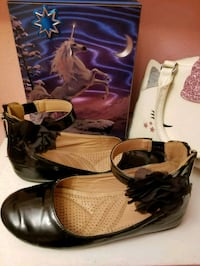 girl shoes ☆ size 1 ☆ Portland, 97206