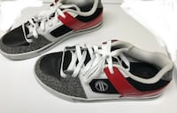 Pair of white-and-red  sneakers Фонтана, 92336