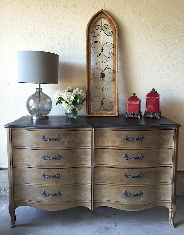 Used 6 Drawer French Provincial Dixie Furniture Co Dresser Buffet
