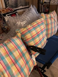 Throw pillows Elizabeth City, 27909