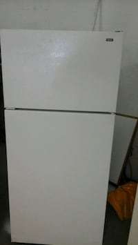 White Hotpoint by GE Refrigerator Works like new  Fort Collins
