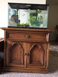 Fish tank with stand Ellicott City, 21043