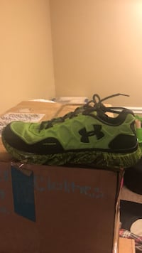 Shoes under armor Hoover, 35244