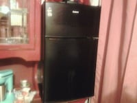 black top-mount refrigerator Maywood, 90270