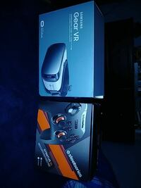Samsung Gear VR box and Steelseries controller box