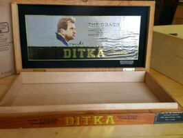 "MIKE DITKA ""THE COACH"" CIGAR BOX--CHICAGO BEARS 85"