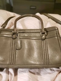 New brown satchel purse.  Perfect for the office. Burnaby, V5G 1N7