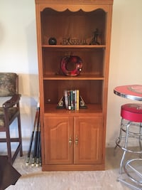 Lighted bookshelf, perfect condition