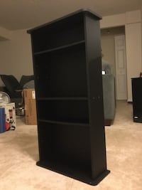 Bookshelf with adjustable shelving