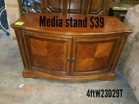 Media stand  Fort Worth, 76111