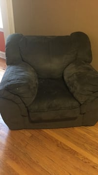 black suede recliner sofa chair Chicago, 60617