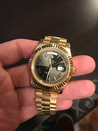 Gold watch Clinton Township, 48038