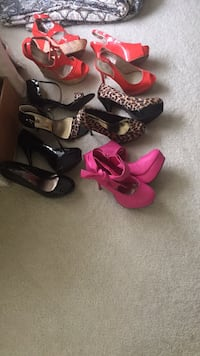 These pairs of assorted shoes sz 9 each Fredericksburg, 22406