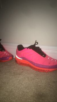 pair of red Nike basketball shoes Plantation, 33313