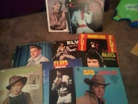 Elvis record albums.one is willy nelson and conway Newark, 43055