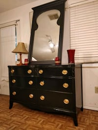nice black solid wood dresser with big mirror in good condition, a Annandale, 22003