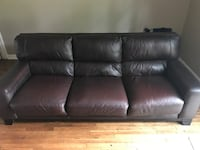 High End Leather Sofa/Chair/Ottoman Set Reston, 20191
