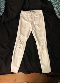 FASHION NOVA WHITE RIPPED JEANS Silver Spring, 20901
