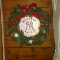 BEAUTIFUL electronic lighted NY Yankees Wreath McElhattan, 17745