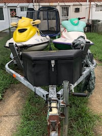Double jet ski trailer and skis