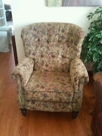 brown and green floral sofa chair Upper Marlboro, 20772