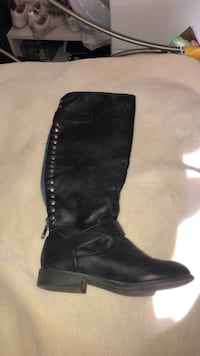 pair of black leather boots Rocklin, 95765