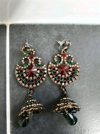 Used earings Mississauga, L4W 1S9