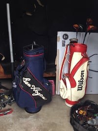 Red and white golf bag Tulsa, 74112