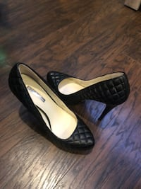 BCBG Brand new shoes. Size 8