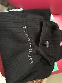 black Tommy Hilfiger top Kingston, K7K 5Z4
