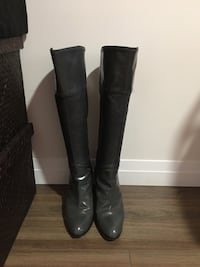 Ladies Grey Leather Stylish Boots Toronto, M1R 3A6