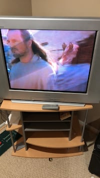 Television  32 sony 480 p with stand and remote Keedysville, 21756