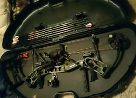 Bear threat compound bow