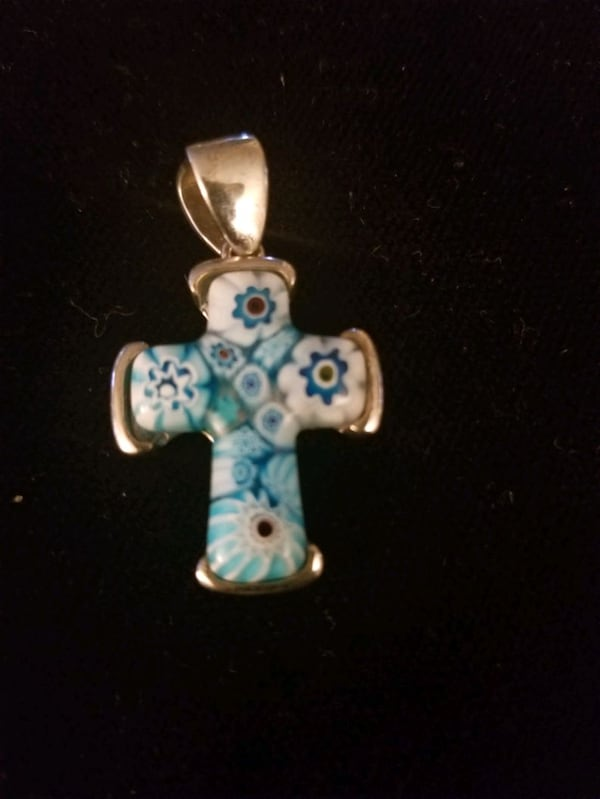 Alan K. sterling silver cross 7bc93e26-1ba3-4b1d-9c36-8e406be083a1