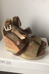 Size 9 GEOX wedge sandals very comfortable Oakville, L6M 4N7