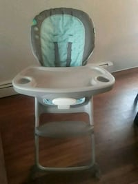 baby's white and blue high chair Aurora