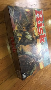 Board Game: Risk New York, 11102