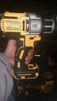 black and yellow Dewalt cordless drill Sacramento County, 95842