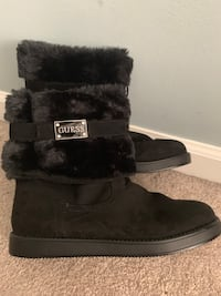 Guess fur boots Ashburn, 20147