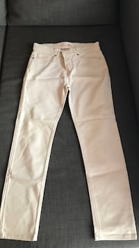 Jean beige claire authentique Loro Piana Livry-Gargan, 93190