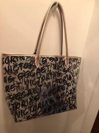 VS clear and gold tote NEW! 234 mi