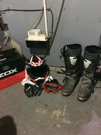 Fox boots size 11  Elgin County, N5P 3S8