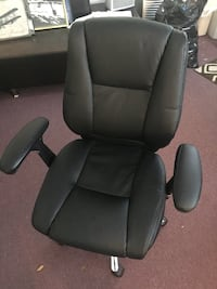 black leather office rolling armchair Midland Park, 07432