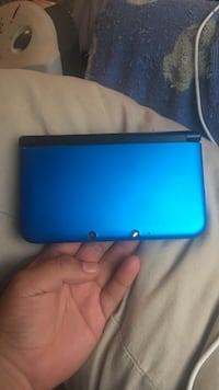 Blue and black nintendo 3ds Farmersville, 75442