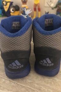 Size 7 toddler adidas shoes