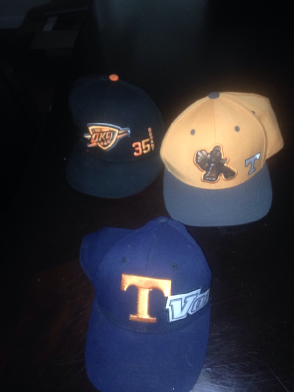 e85ffceca69 Used 2 tennessee hats and 1 okc hat for sale in Apison - letgo