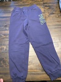 Boys jogging pants XL