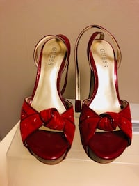 Guess red pumps size 7